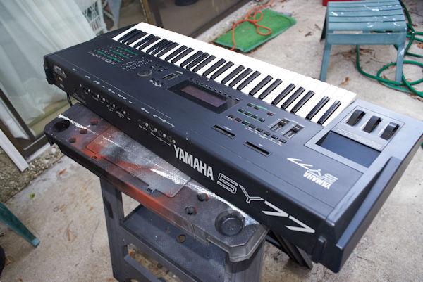 For Sale - Yamaha SY-77 synthesizer - John E  Simmons com
